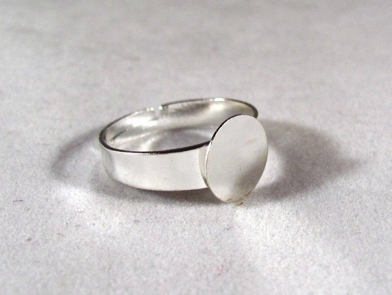 A Little Larger Ring Blanks--10--Silver Plated--SIZE 8 TO 10 with 10mm glue pad--Wider Band