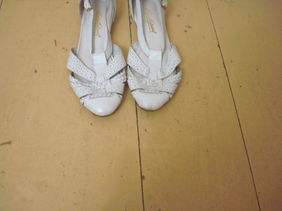 vintage sling back sandals - white leather by egon von furstenberg