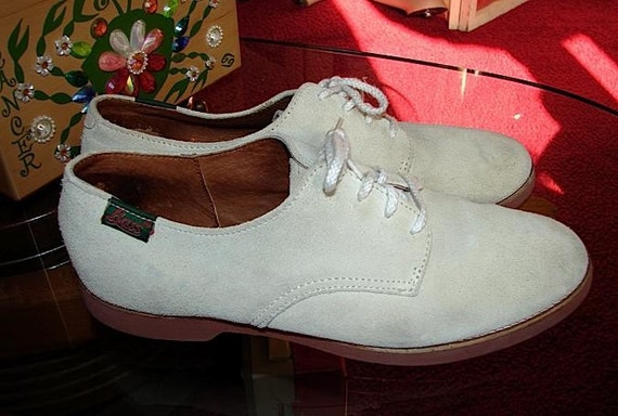 Classic Rock And Roll 50s Vintage White Buck Shoes Red Crepe