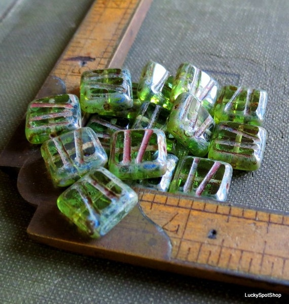 SALE . Carved Granny Apple Squares . New Picasso Czech Glass Beads (10)