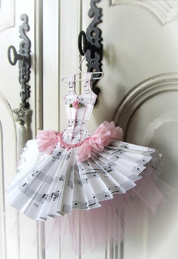 Papier Boudoir Boutique - Music Box Dancer with tulle