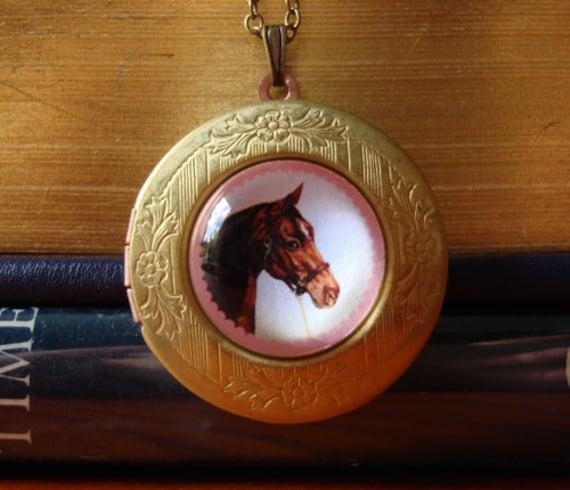 Horse locket