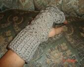 Lacy Fingerless Gloves- Platinum