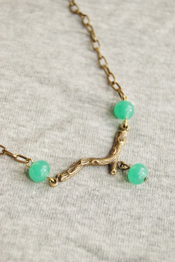 Out On A Limb Bead and Branch Necklace Green