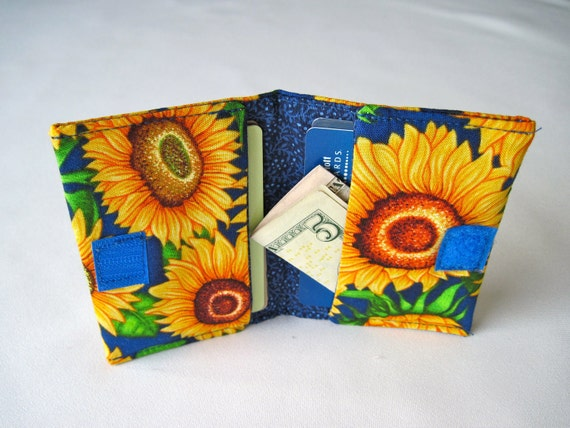 Gift Card/Travel Wallet For Credit Card, Bills, and Room Key Fits in Back Pocket-sunflowers