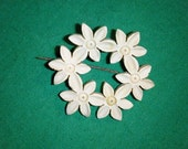 Reserved for Bre...Vintage Daisy Wreath Pin