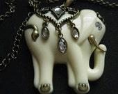 Vintage Necklace Elephant Elegant