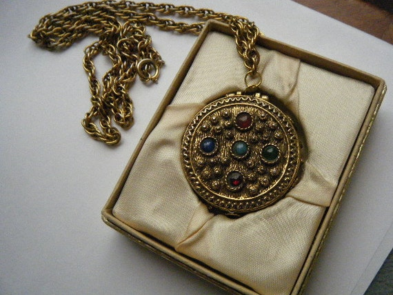 Vintage Necklace MARY CHESS Perfume Compact