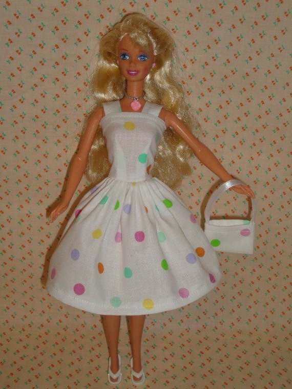 Cute polka dots dress and bag for barbie doll