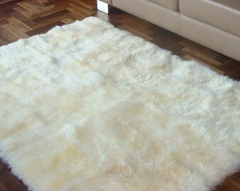 Gorgeous Rare Genuine Large Natural Sheepskin Rug