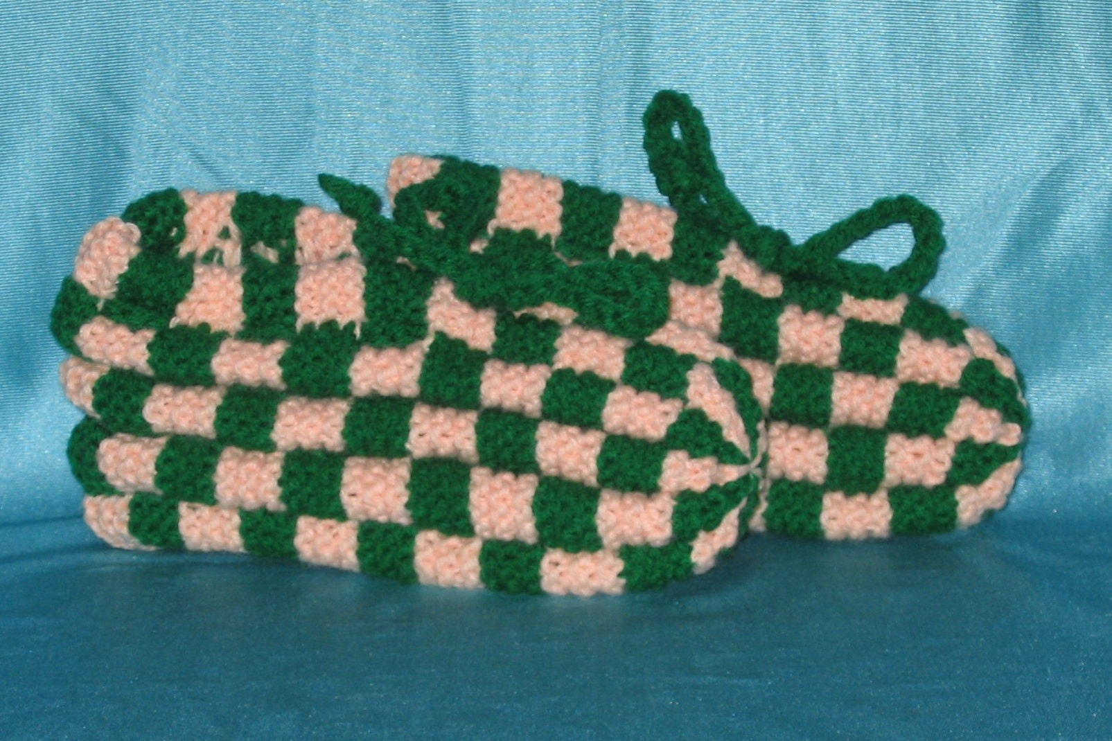 Knitting Pattern For Checkerboard Slippers : Checkerboard Knit Slippers by busiagwen on Etsy