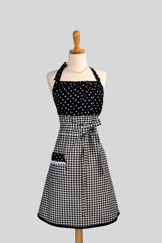 Cute Kitsch Retro Apron : Full Kitchen Womens Apron in Black and White Gingham Skirt with Black and White Polka Dot Bodice