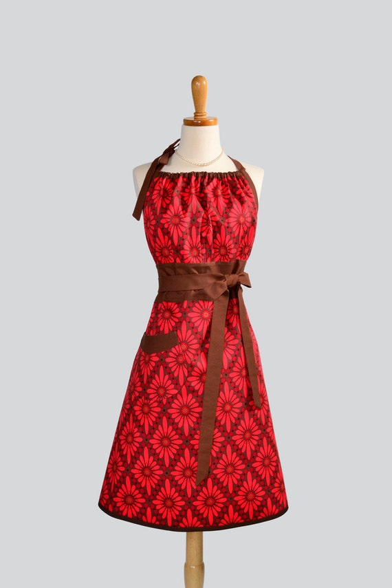 Cute Kitsch Retro Apron , Full Kitchen Womens Apron in Valori Wells Rose Floral Diamond in Shades of Red and Mocha