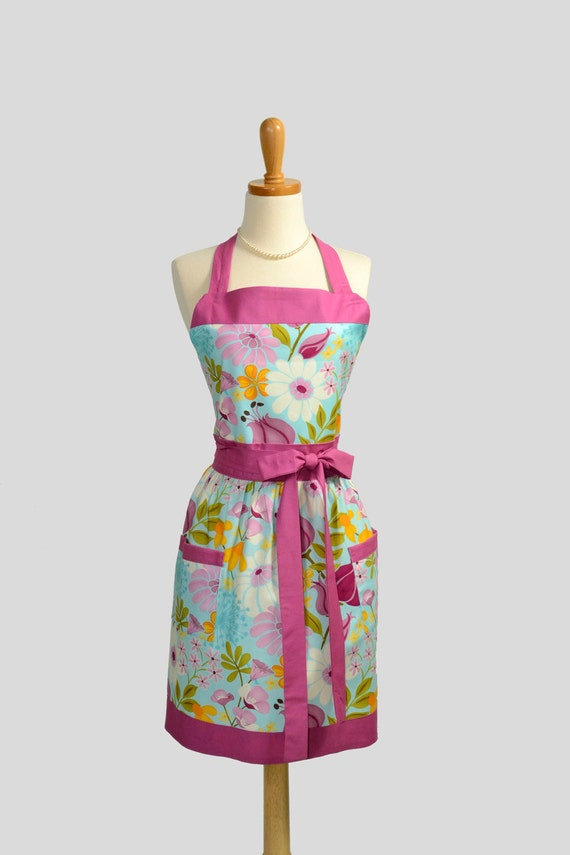 Retro Vintage Bib Apron / Personalize Apron for the Perfect Gift in Robins Egg Blue trimmed in Orchid