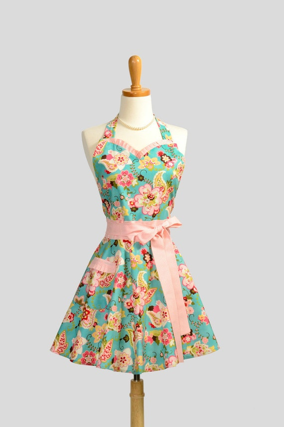 Sweetheart Retro Apron / Cute Handmade Retro Sweetheart Apron in Multi Floral Paisley with Pink Houndstooth Trims