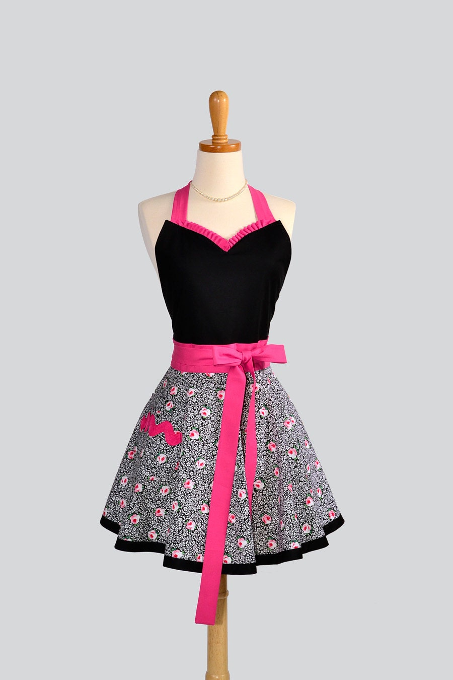 Sweetheart retro apron sexy womens apron is a cute handmade for Apron designs and kitchen apron styles