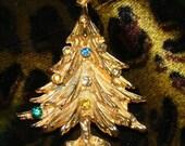 Vintage Christmas tree with rhinestones brooch