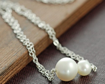 Mother's Day Pearl Necklace, Mama and Baby Necklace in Sterling Silver, June Birthstone, Handmade Layering Necklace