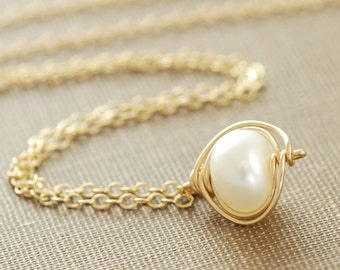Pearl Jewelry, Pendant Necklace Wrapped in 14k Gold Fill, Handmade Pearl Necklace, June Birthstone