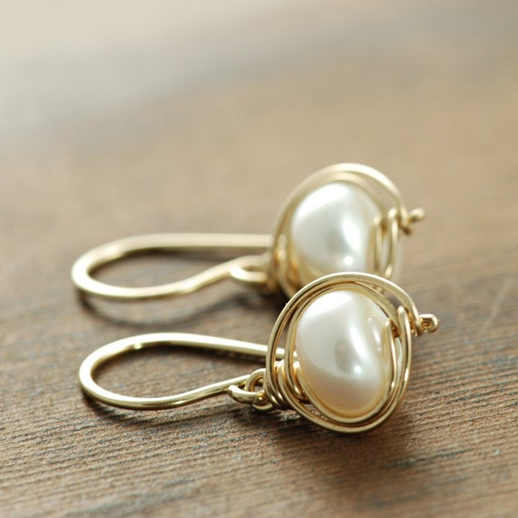 Pearl Gold Dangle Earrings, Bridal Jewelry, 14k Gold Fill Pearl Jewelry, Drop Earrings