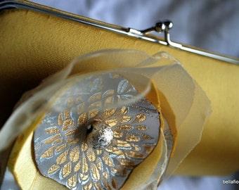 bridal clutch handbag - bridesmaid clutch - bridesmaid gift ideas- butter yellow with mod flower
