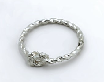 Pinky Promise Knot Ring - Sterling Silver