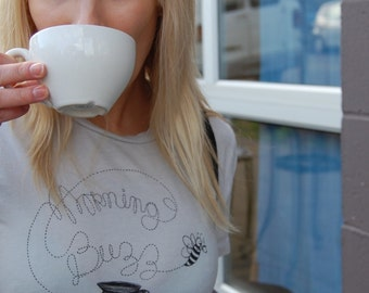 MORNING BUZZ t-shirt/tee in womens s l.xl.