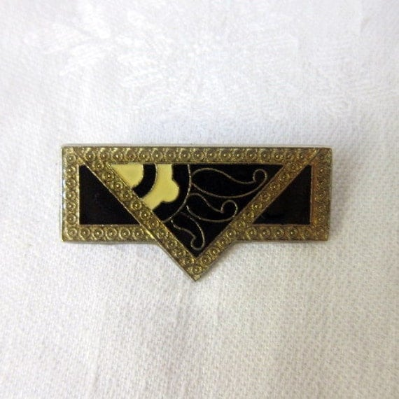 Vintage Art Deco Pin