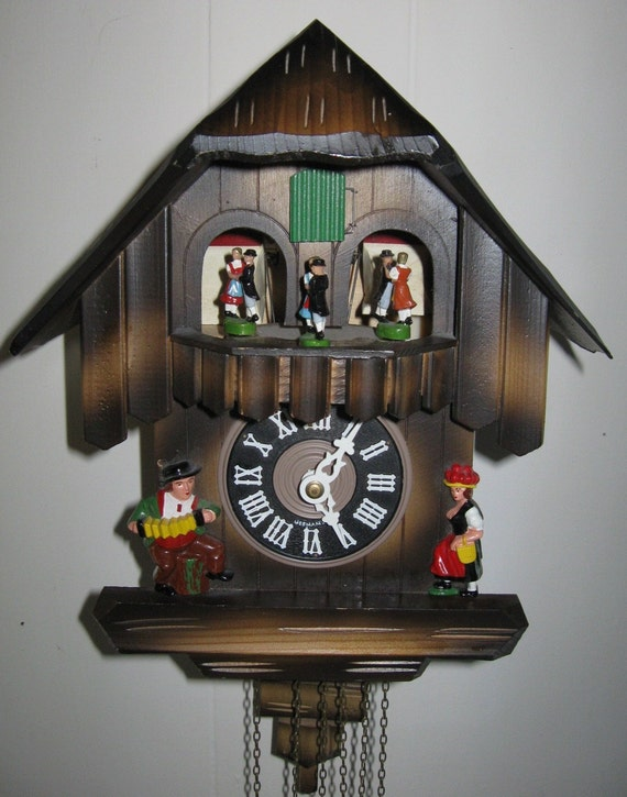 Vintage Cuckoo Clock Black Forest Animated Dancers Cuendet