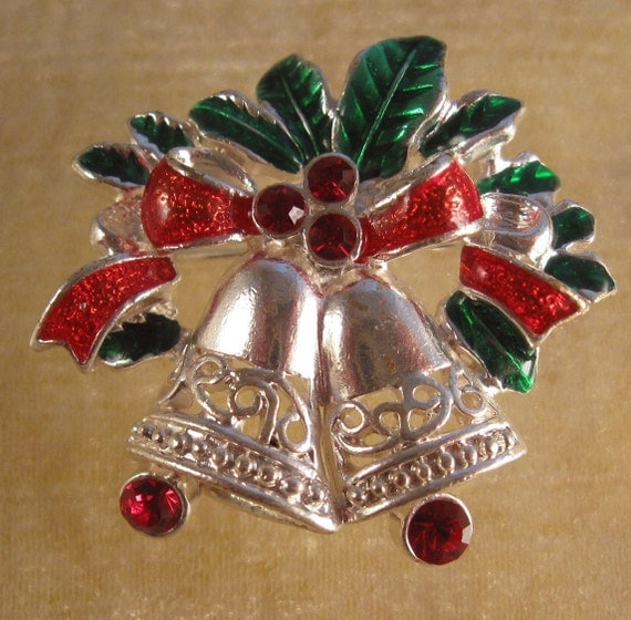 Vintage Christmas Holly & Bells Pin Avon By