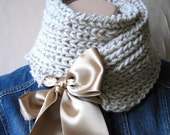 FREE SHIPPING SCARF BEIGE