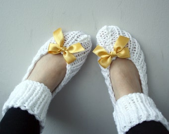 Snow White  Slippers Socks with Saffron Ribbon Bow Christmas Gift For Mom For Women Girl