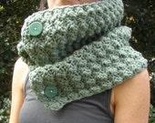 Scarf Cowl Neckwarmer in Green Mint Frost with Buttons