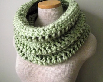 Crochet Cowl - The Yorkshire Cowl in Savannah Sage