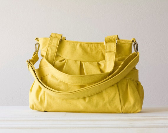 Elessa in Yellow Leatherette