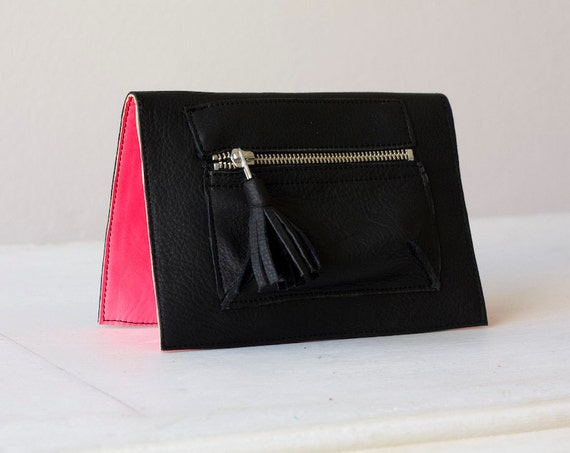 Leather wallet in Black and neon Pink