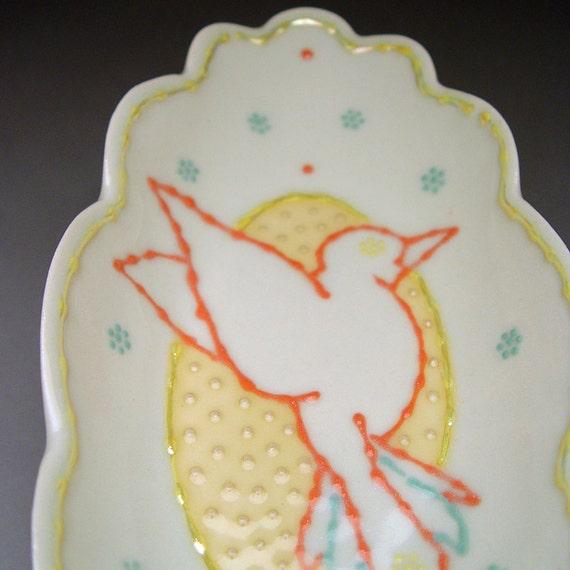 SALE: Oblong Hummingbird Dish