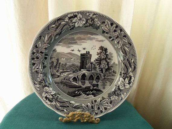 Spode England Lucano Vintage Plate