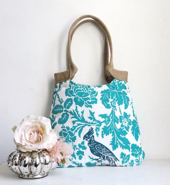 Blue papagayo tote bag with burlap