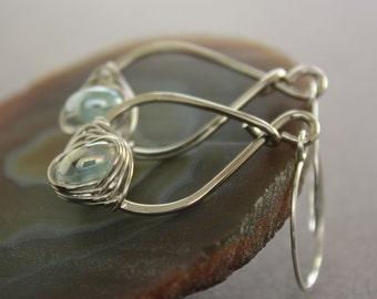 Pear shape silver earrings with herringbone wrapped luster aquamarine color lampwork glass - Aquamarine earrings - Drop earrings - ER042