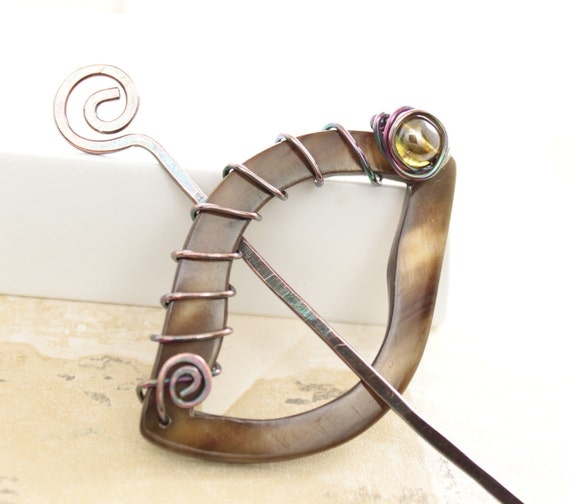 Shawl pin, scarf pin with shell hoop and copper with moss green Czech glass bead