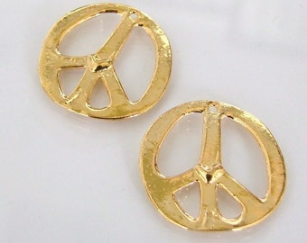 One Gold Vermeil Peace Charms With Heart Detail