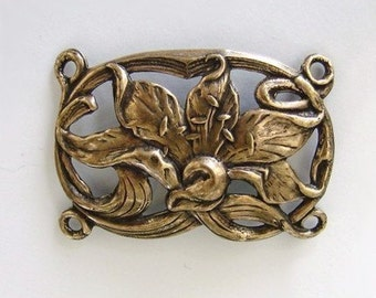 Antique Gold Lily Bracelet Link 38x26mm - Trinity Brass Co.