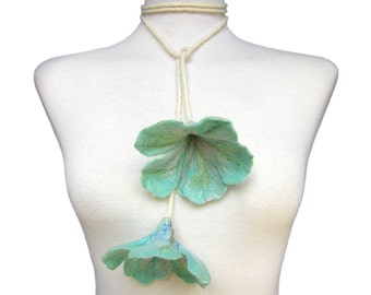 Mint Green Flowers Felt Necklace