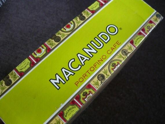 Vintage MACANUDO CIGAR BOX made by Montego y Cia.
