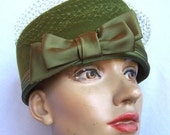 Vintage Olive Green Wool Pillbox Hat by HENRY POLLAK