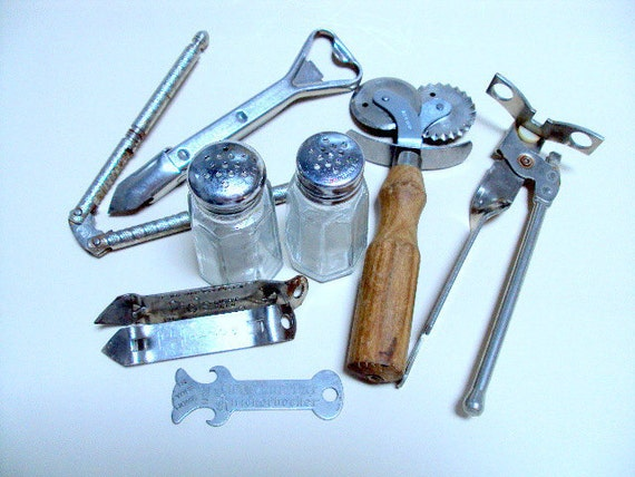 Vintage Retro Kitchen Gadgets, Advertising Openers, Italian Pizza Cutter, Gemko Salt and Pepper