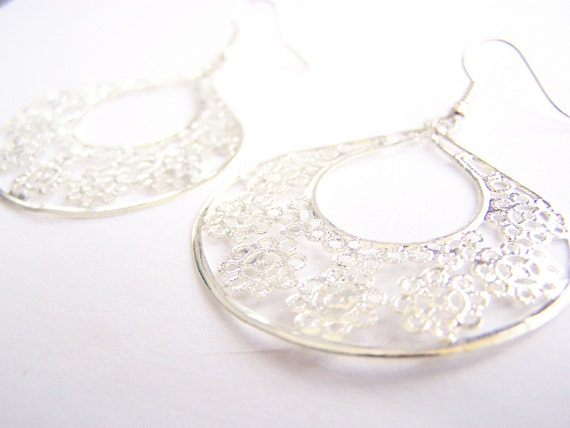 St. George Island: Silver Filigree Earrings - FREE SHIPPING WAI - Affordable gifts - bridesmaids sets - beach inspired treasures