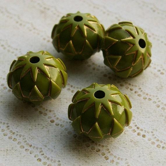 4 large vintage plastic cactus pip beads, khaki - HP0004