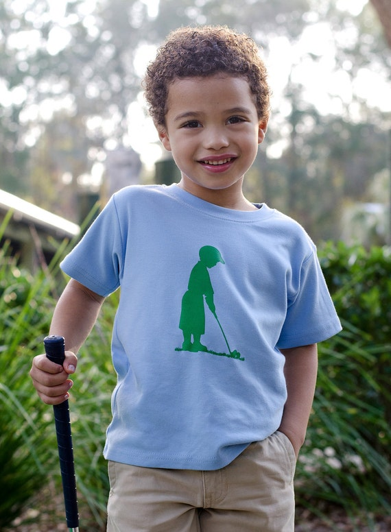 Perfect Putter Short Sleeved Nostalgic Graphic Tee in Sky Blue with Grass Green
